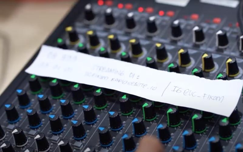 Penggunaan UC Fikom Radio untuk streaming kuliah online di masa WFH